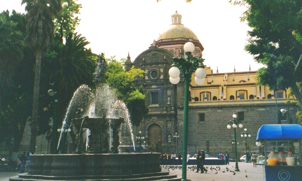 Exploring the Plazas of Puebla enroute to Pico